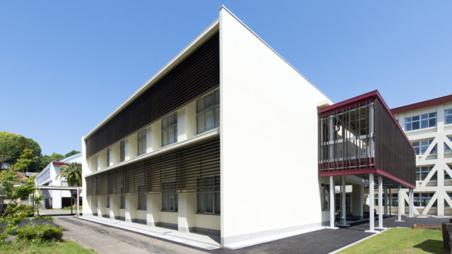西都市新県立高等学校商業棟